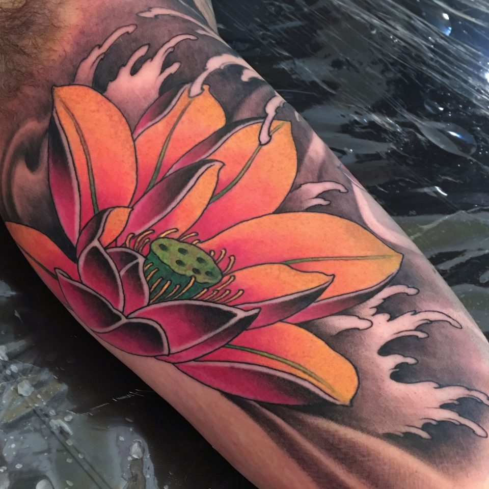FAMILY ART TATTOO NICKLAS WESTIN – LOTUS FLOWER – JAPONES