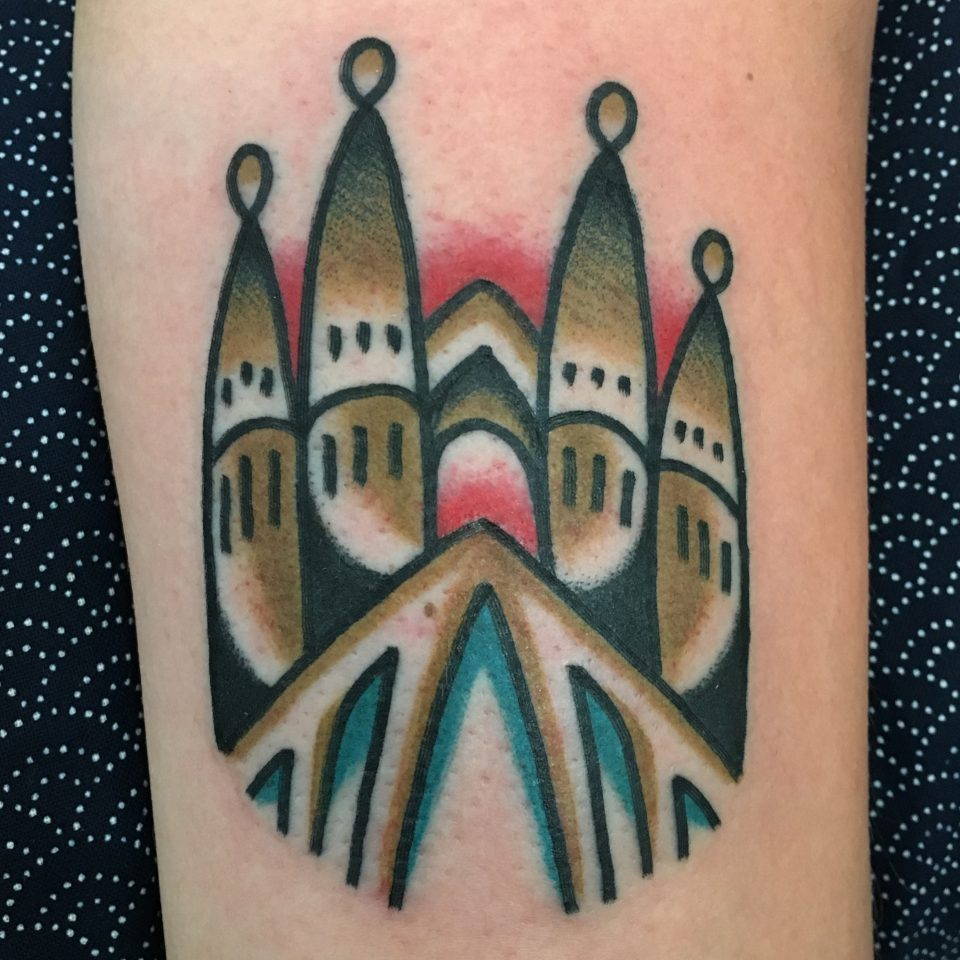 FAMILY ART TATTOO WALK-IN – SAGRADA FAMILIA